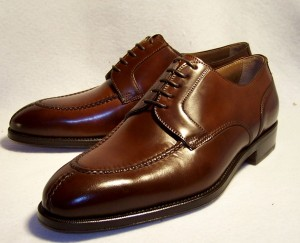Split-toe Derby in Dark Cognac Shell Cordovan